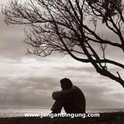 """Rindu Lagi Oh "", Puisi Ratapan Sedih Dari Seorang Kekasih Yang di Tinggal  Pergi Karena Maut Oleh Pasangan nya"