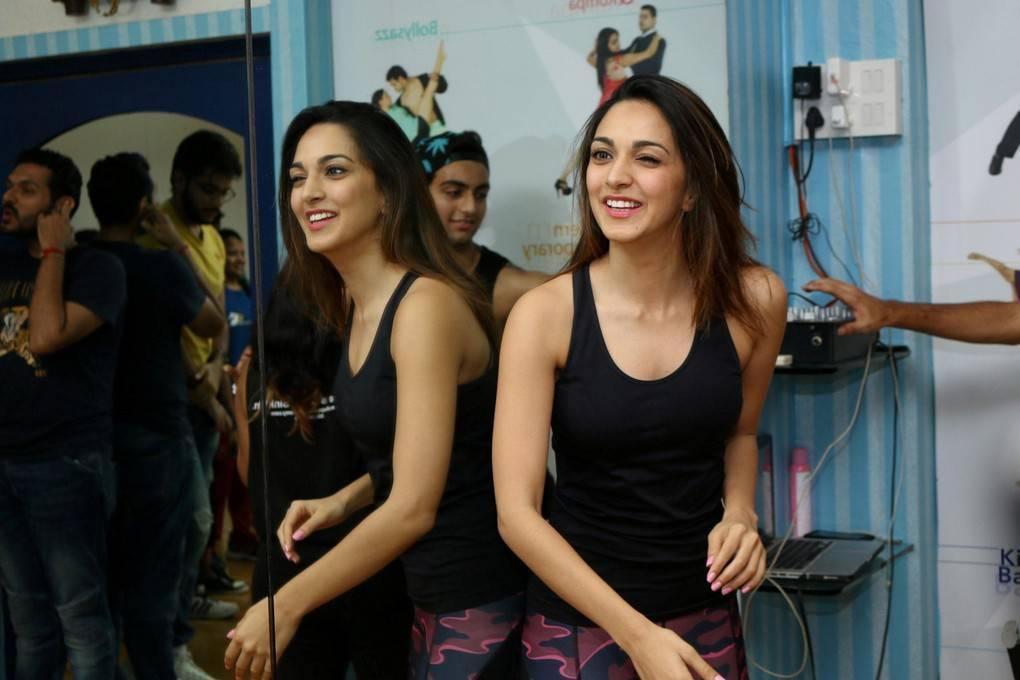 Kiara Advani Latest Hot Glamourous Black Sleveless Skirt PhotoShoot Images At Deep Dance Academy ❤ ❤  ❤
