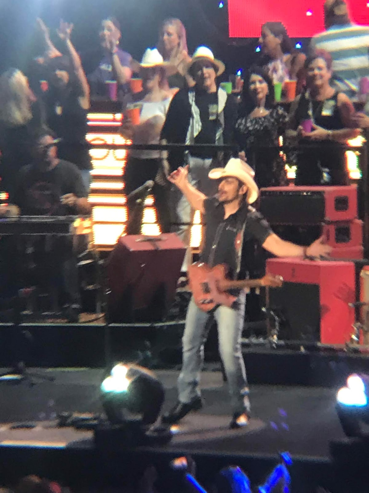 Brad Paisley, Wife Victims Of Online Cancer Hoax - HuffPost