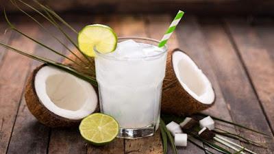 Meningkatkan metabolisme tubuh dengan air kelapa muda