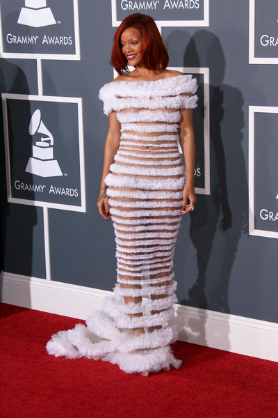 Bollywood Press: Rihanna Picture at the 2011 Grammy Awards