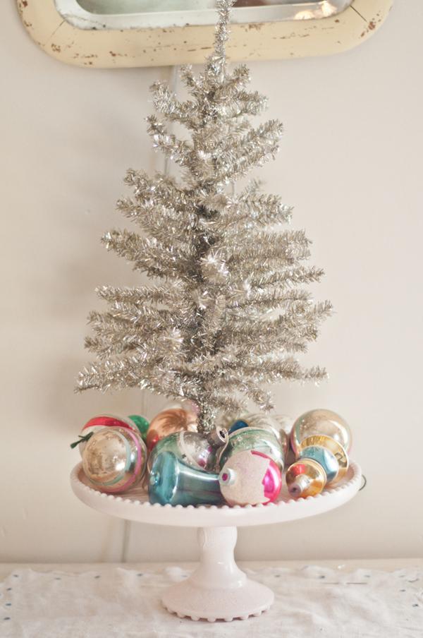 Vintage Whites Blog Vanessas Vintage Christmas Ornaments Decor