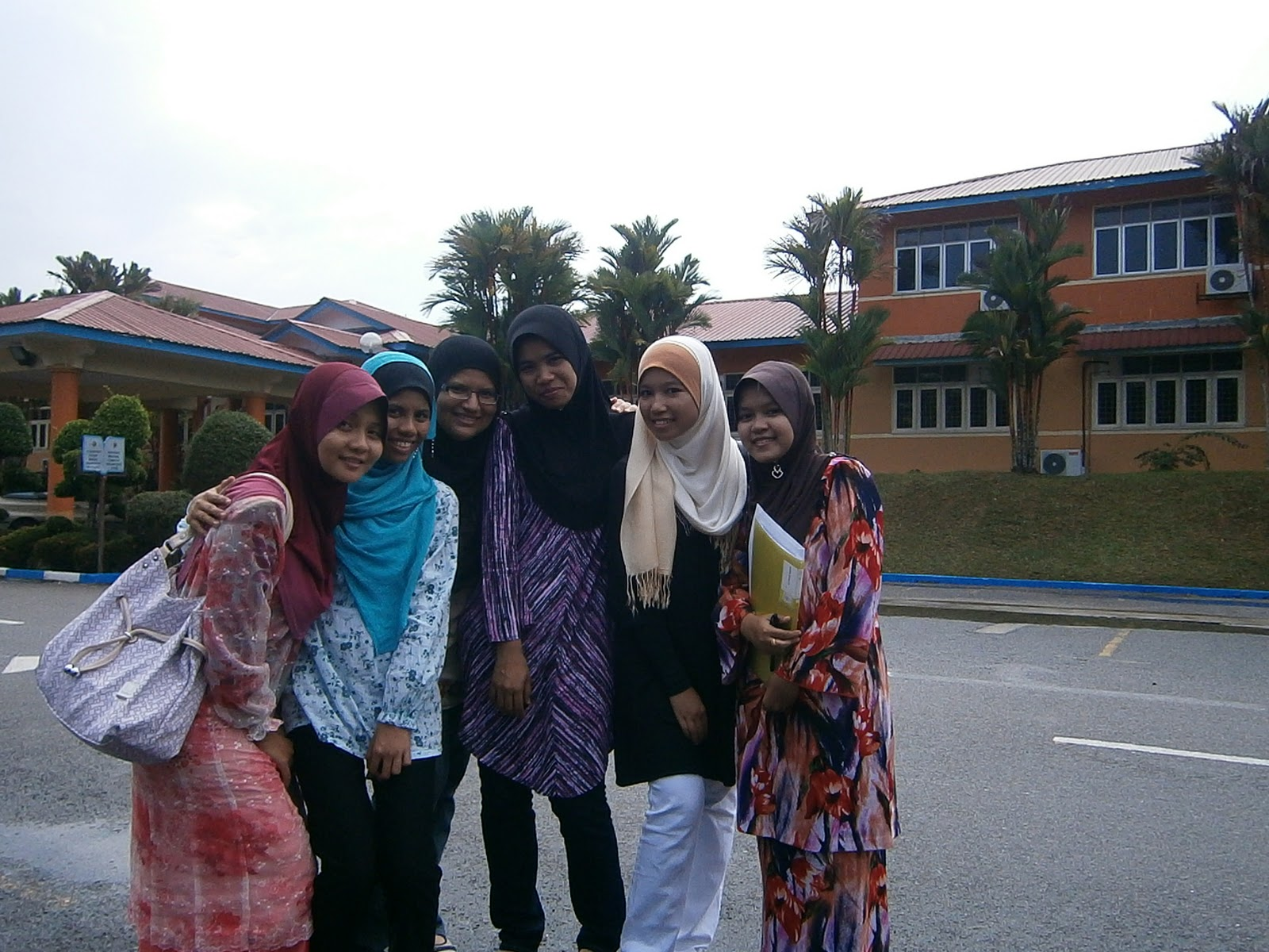 My kolej girl - 3 4