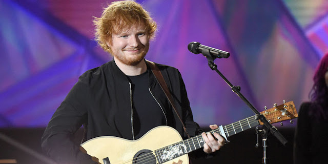 Ed Sheeran cantó 'Shape Of You' tocando instrumentos para bebés