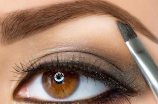 Tips Membuat Alis Mata Dengan Pensil Alis Mudah