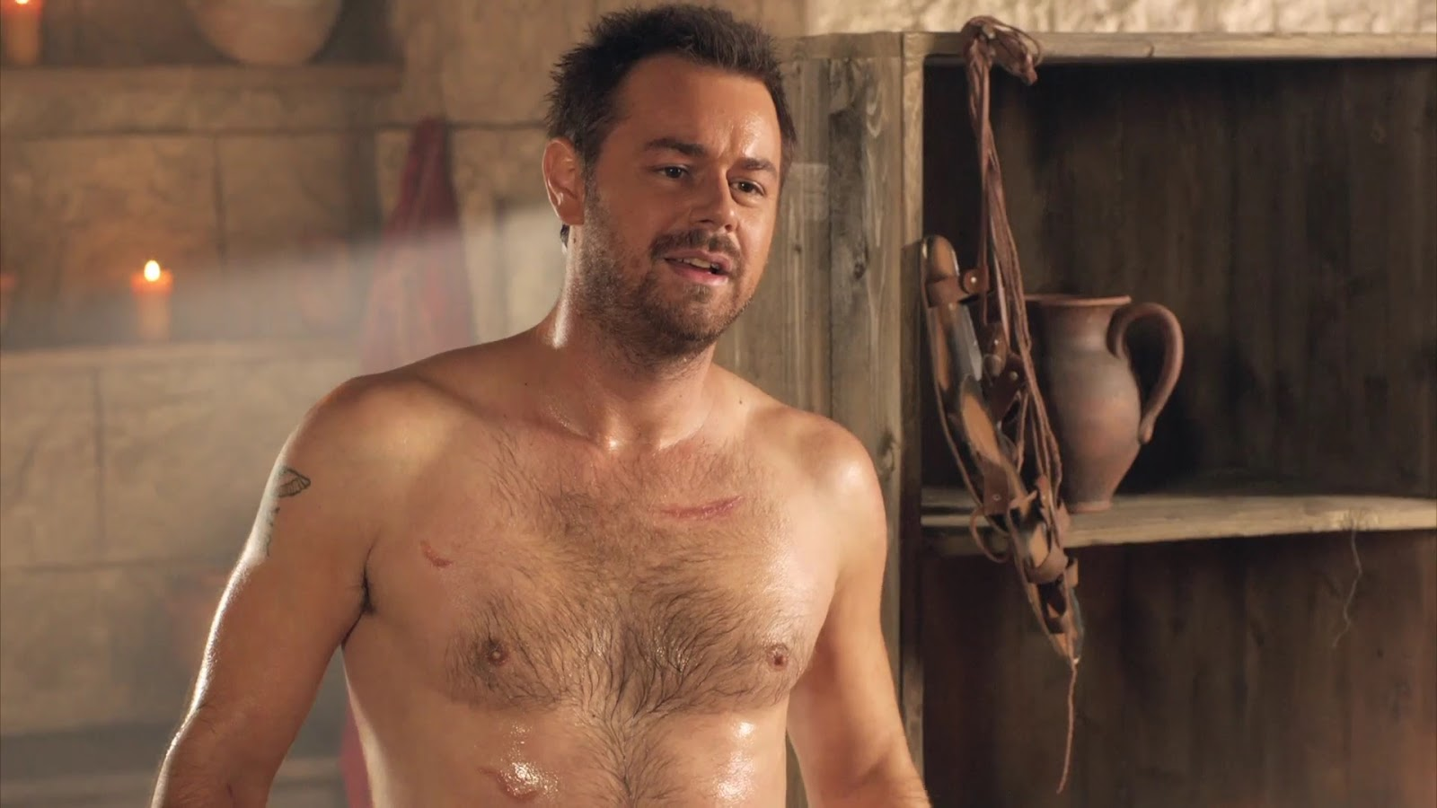 danny-dyer-masterbate-wedding-crashers-naked-boobs