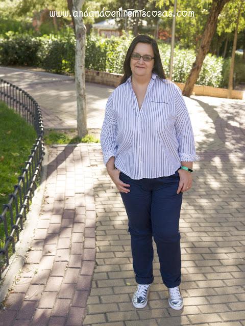 Look Con Camisa Blanca De Rayas