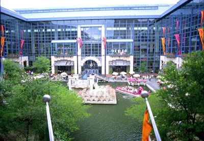 Rivercenter Mall in san antonio
