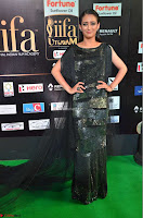 Akshara Haasan in Shining Gown at IIFA Utsavam Awards 2017  Day 2 at  24.JPG