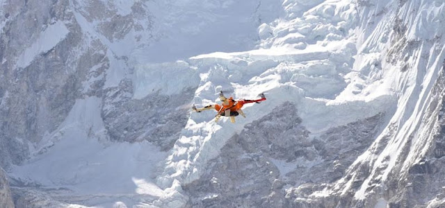 Drone flight in Everest