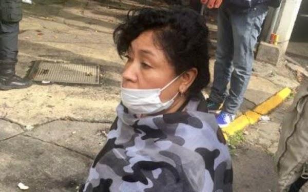 Prestó su casa para que autoridades coordinaran rescate pero se la saquearon.