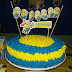 Free Printable Cake Toppers for a Minions Party.