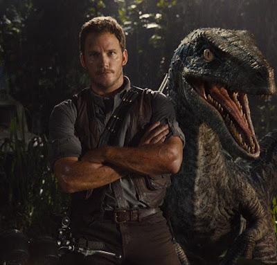 Chris Pratt and raptor Jurassic World