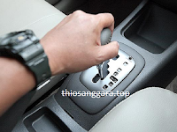 Oli transmisi matic untuk mobil Toyota Inova