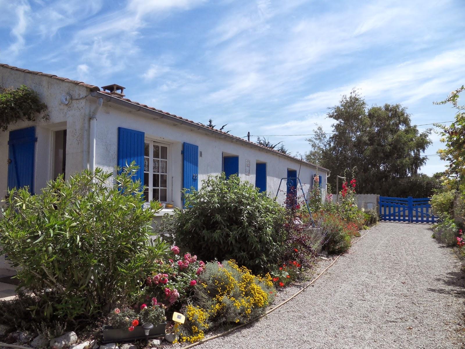 http://www.location-saint-georges-d-oleron.com/pages/maison-gaillot-pour-4-a-6-personnes-1.html