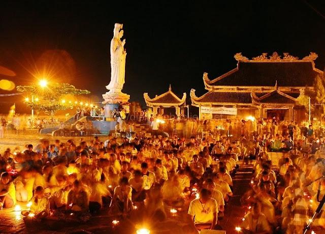 Tổ chức lễ ở Chùa