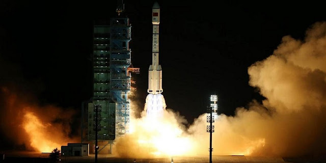 Long March 2F liftoff with Tiangong-2. Photo Credit: Xinhua