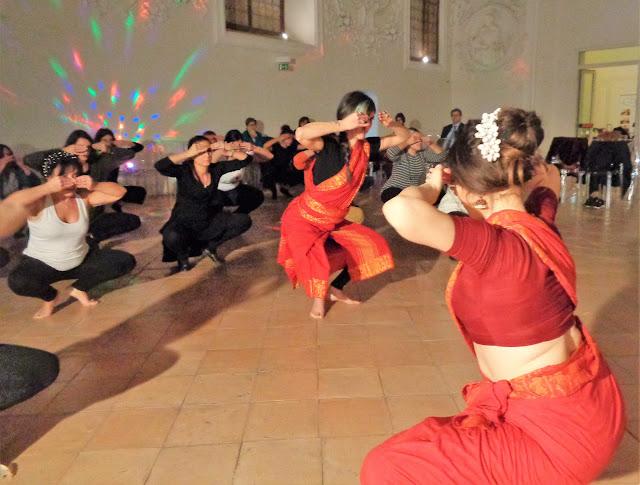 Danza Indiana Bharata Natyam Napoli Marialuisa Sales