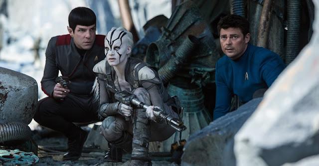 """Terceiro trailer de """"Star Trek: Sem Fronteiras"""" tem mais ação e música tema de Rihanna"""