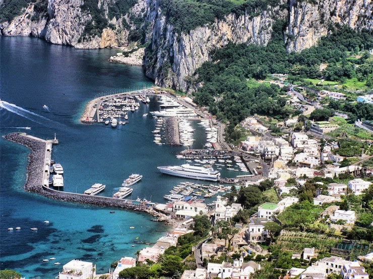 1. Capri - Top 10 Italian Coastal Sites