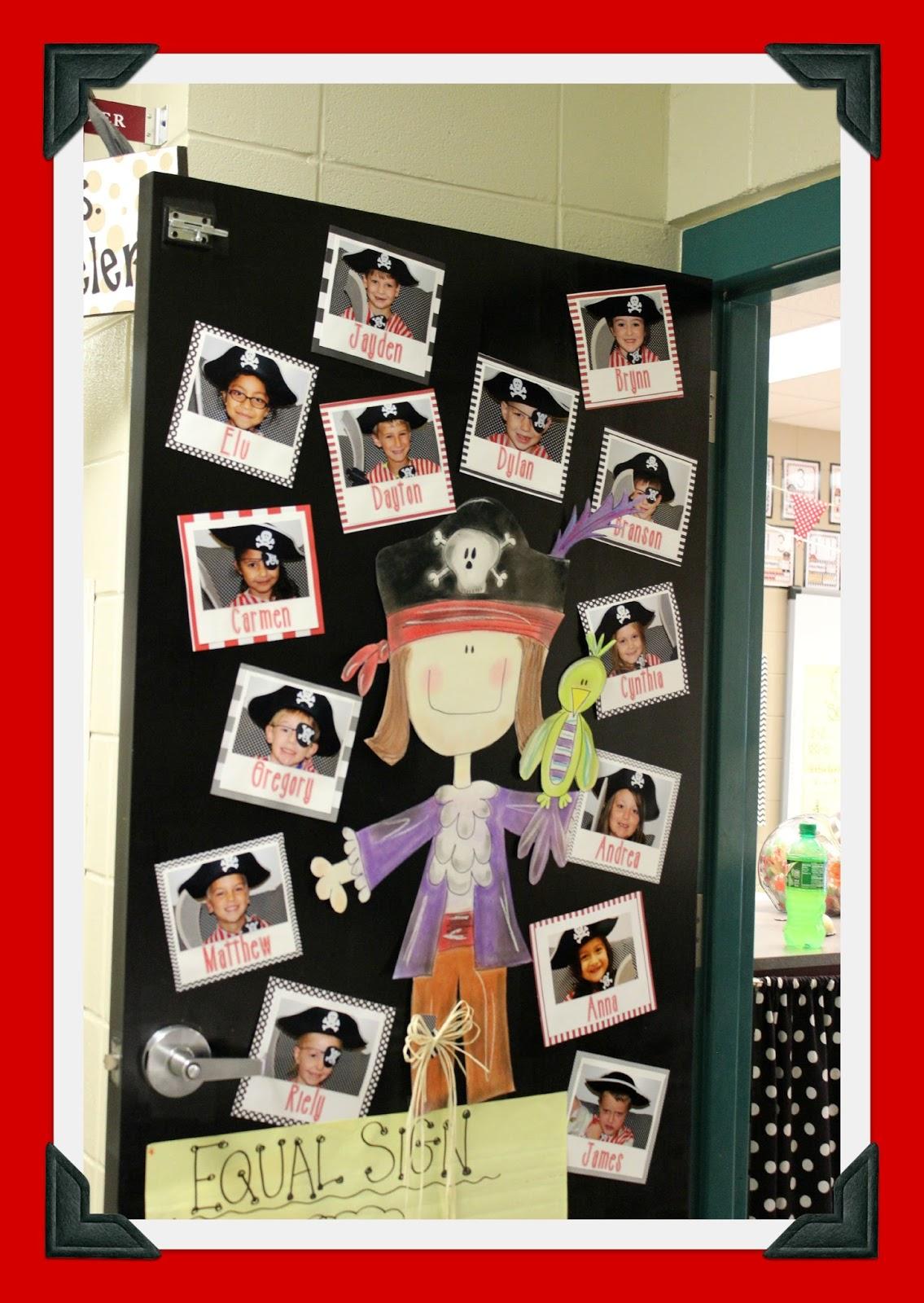 Glyph Girls: Teacher Feature: Pirate Theme!
