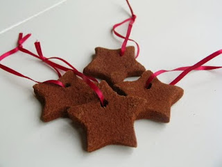 http://notelr.com/TheCreativeTimeBandit/Non-Edible-Cinnamon-Ornaments-6977