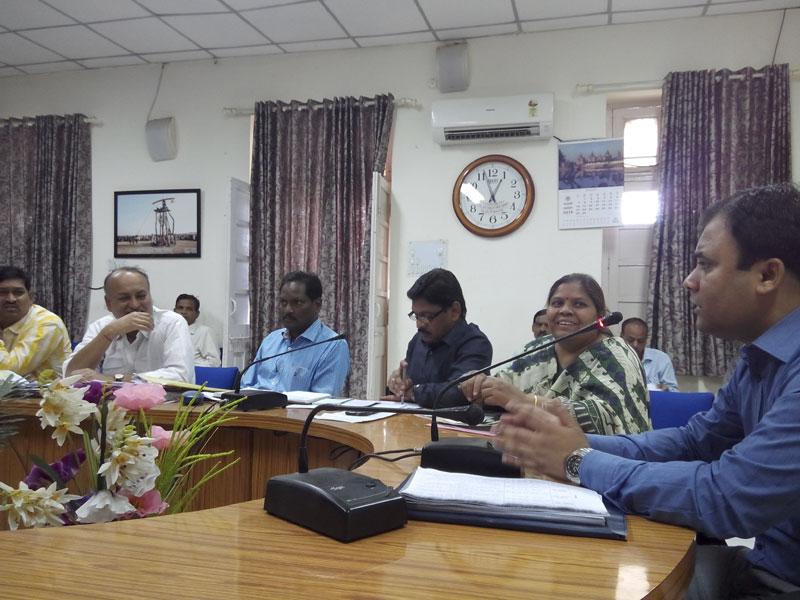 tl-meeting-conclude-jhabua-समयावधि पत्रो की समीक्षा बैठक संपन्न