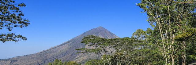 Mount Inerie, Look at the Natural Pyramid on Flores Island