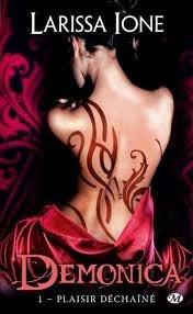 http://lachroniquedespassions.blogspot.fr/2012/07/daemonica-tome-1-plaisirs-dechaines.html#