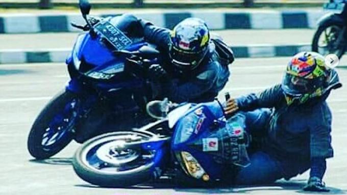 Cornering ala Rider Sirkuit