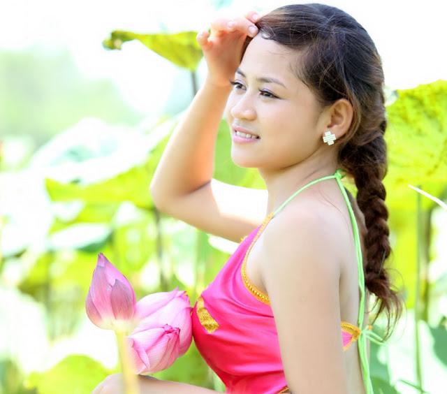Model Cantik Ao Yem Vietnam 2