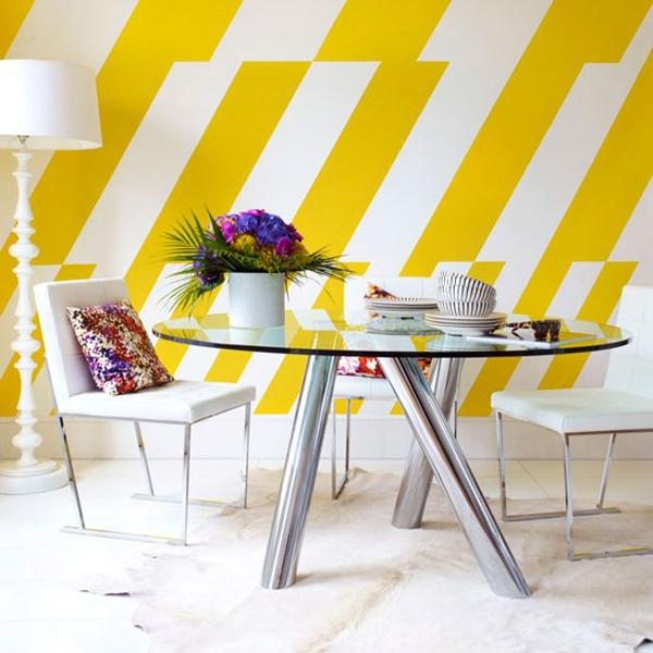 Ruang Makan Manis Berwarna Kuning Cerah