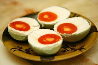 Telur Asin makanan tradisional jawa tengah khas brebes