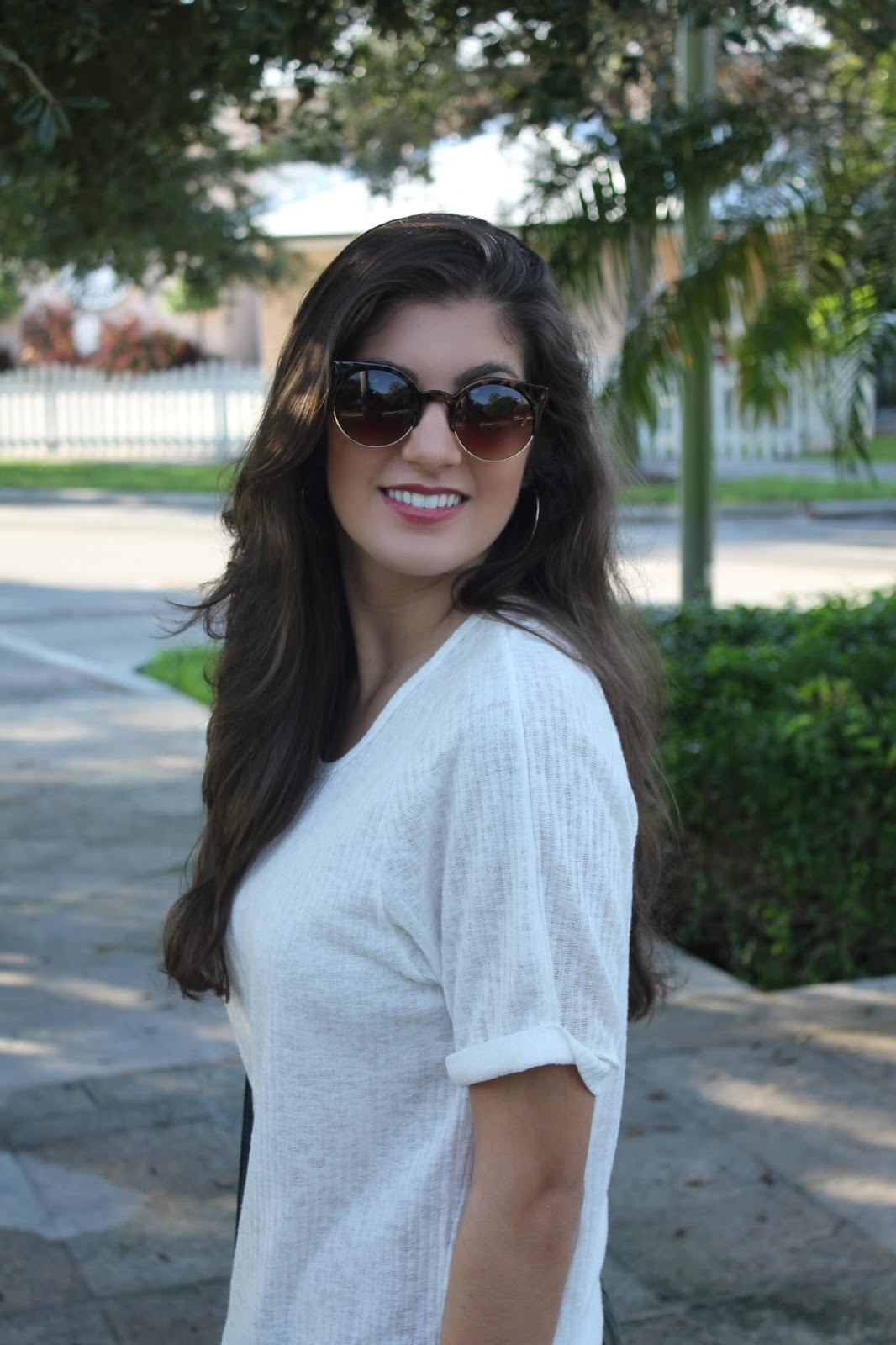 Fashion Tips for Styling Basic Pieces & Daily Makeup Products