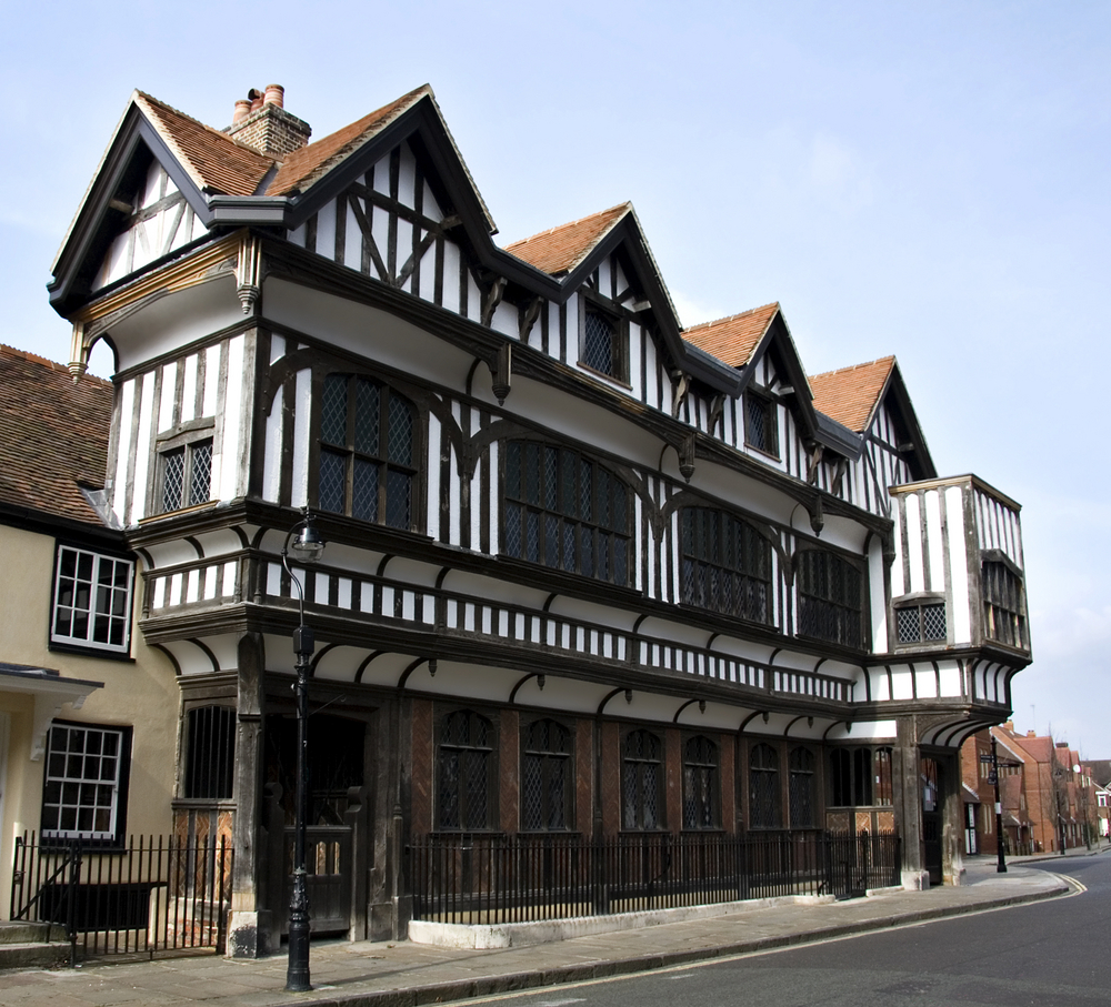 The true Tudor houses of England were built at the end of the Medieval  period into the Renaissance period. Back then, they were built because it  was the ...