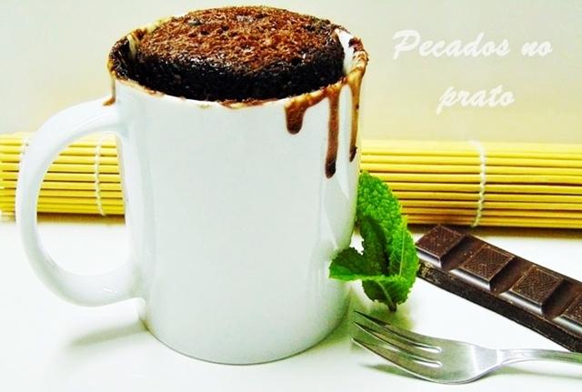 Bolo de chocolate de caneca, pronto em 3 minutos