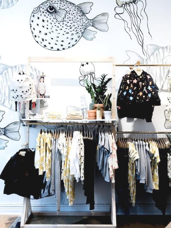 Αγαπημένα καταστήματα για μοντέρνα, οικονομικά παιδικά ρούχα | Ioanna's Notebook