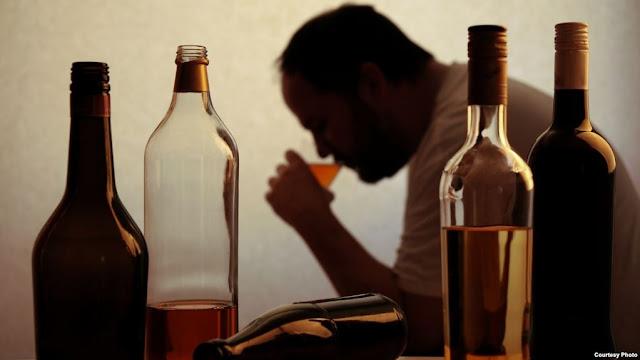 تفسيـر شـرب الخمـر في المنام بالتفصيل