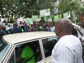 Governor Fayose And His APC Vintage Car Spotted On The Streets Of Abuja . Photos