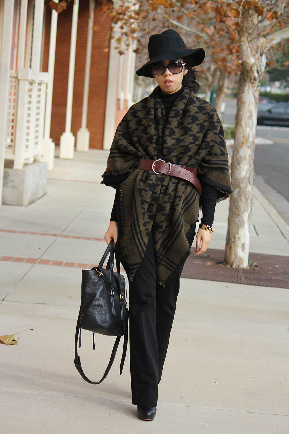 Adrienne Nguyen_Invictus_Fall Fashion_How to Wear a Fedora with a scarf