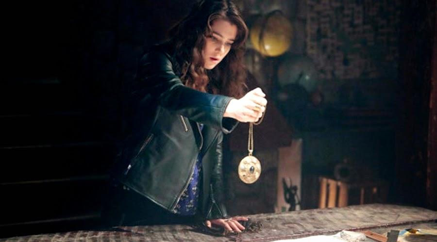 Lucy Griffiths este Liv în serialul Constantine