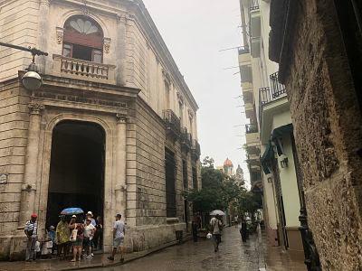 la habana vieja, banco de comercio