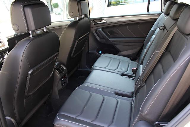 VW Tiguan AllSpace 2019 R-Line - espaço traseiro