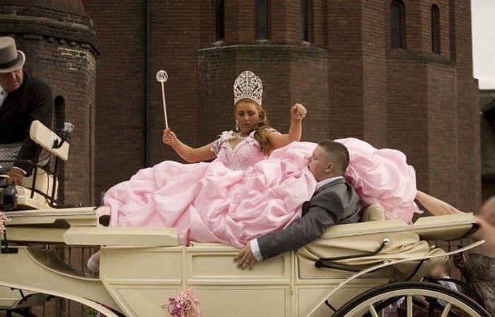 b1b12685df78 Forse voleva coronare il suo sogno di diventare principessa per un giorno e  sarebbe tutto perfetto
