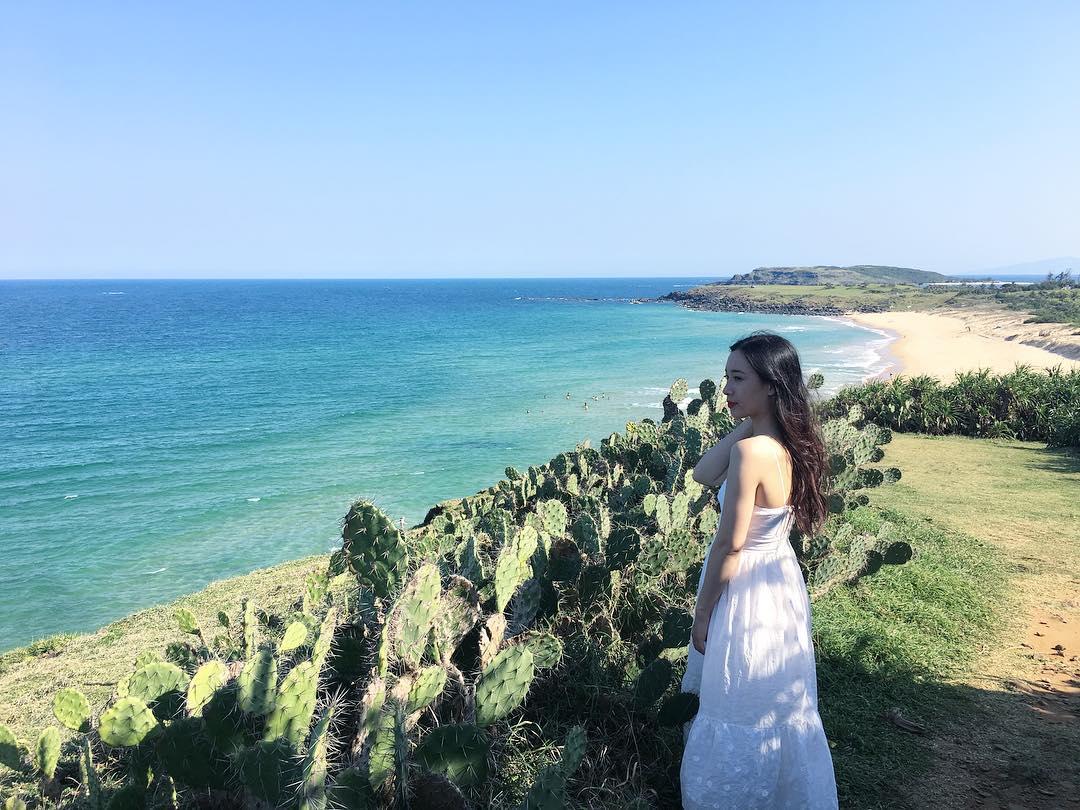 Du lịch Quy Nhơn đến Bãi Xép hòa mình vào làn nước biển trong xanh