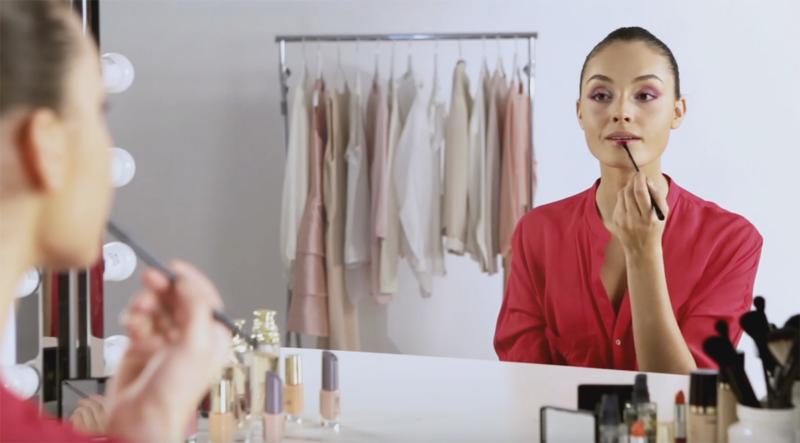 Tutorial de Maquilhagem: Olhos Ombré Cor-de-Rosa e Lábios Mate