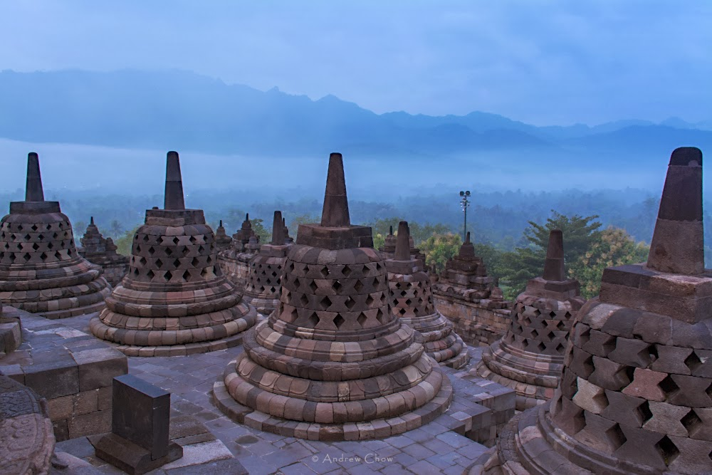 stupa on borobudur