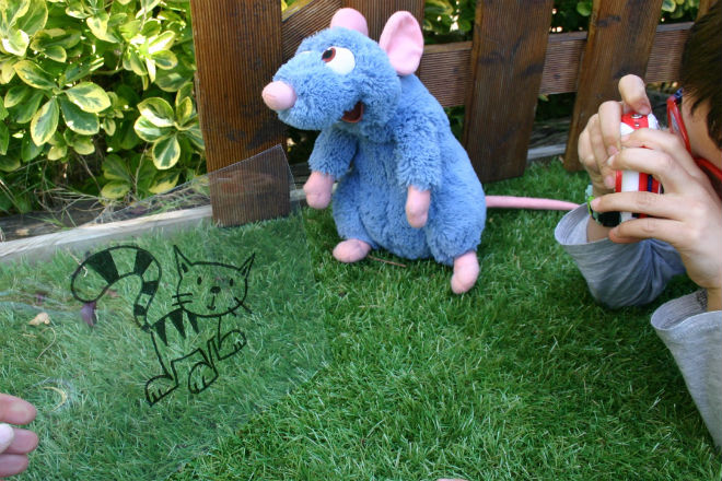 Actividad infantil creativa para inventar historias