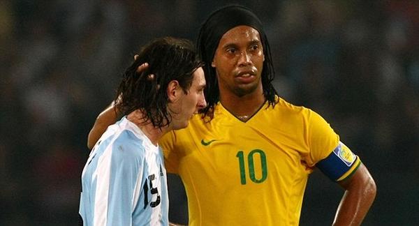 تعرف على الشبكة الاجتماعية الجديدة التي اطلقها اللاعب البرازيلي الشهير رونالدينيو والشبيهة بالفيسبوك !