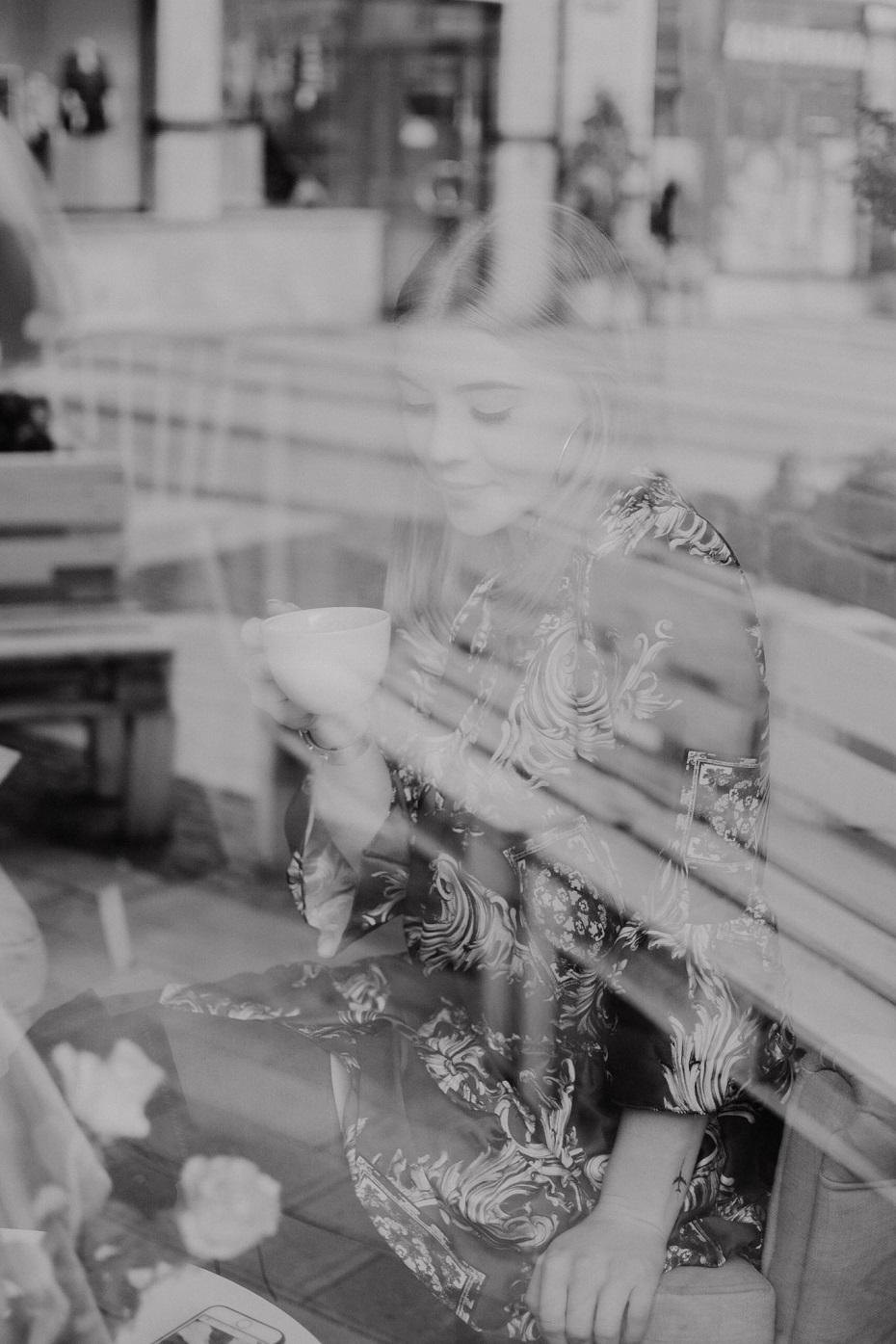 Sesja zdjęciowa w klubokawiarni żółty młynek
